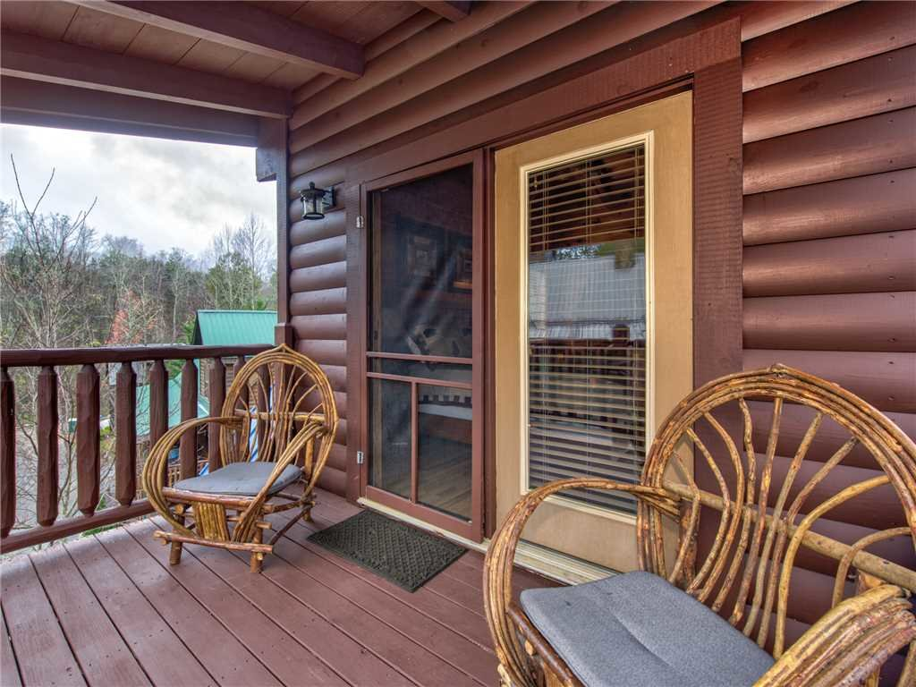 Photo of a Pigeon Forge Cabin named Firefly Nights - This is the fifteenth photo in the set.