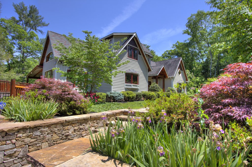 Photo of a Pigeon Forge Cabin named Birds Creek Mansion #650 - This is the twentieth photo in the set.