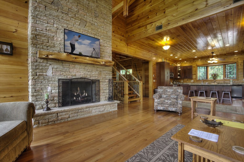 Photo of a Pigeon Forge Cabin named Birds Creek Mansion #650 - This is the sixty-sixth photo in the set.