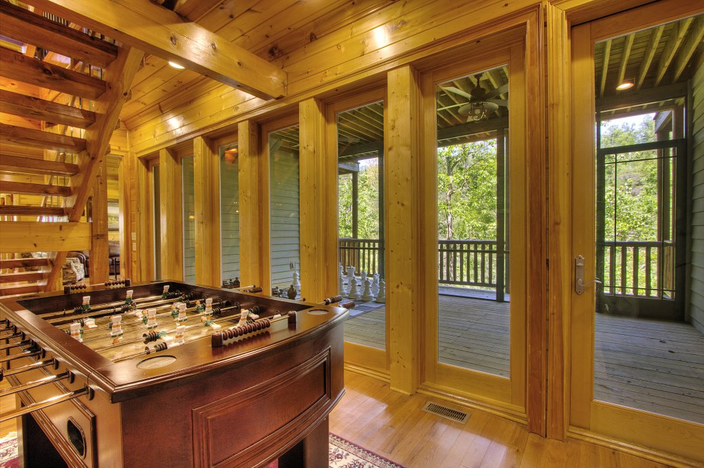 Photo of a Pigeon Forge Cabin named Birds Creek Mansion #650 - This is the eightieth photo in the set.