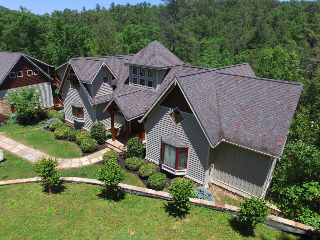 Photo of a Pigeon Forge Cabin named Birds Creek Mansion #650 - This is the thirty-first photo in the set.