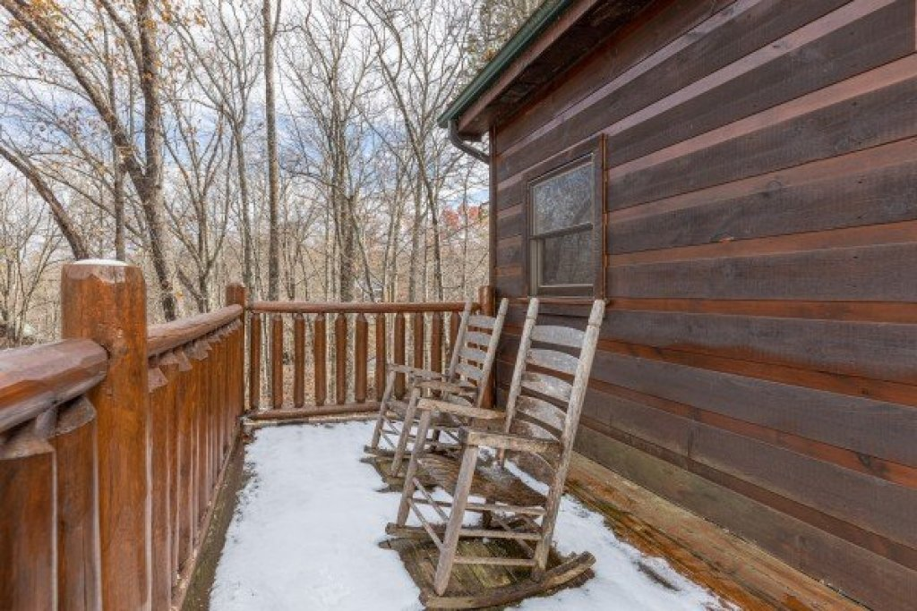 Photo of a Gatlinburg Cabin named Dragonfly - This is the seventh photo in the set.