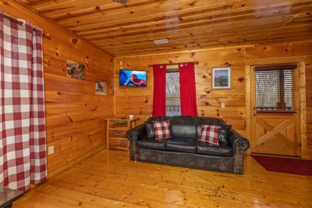 Photo of a Gatlinburg Cabin named Dragonfly - This is the seventeenth photo in the set.