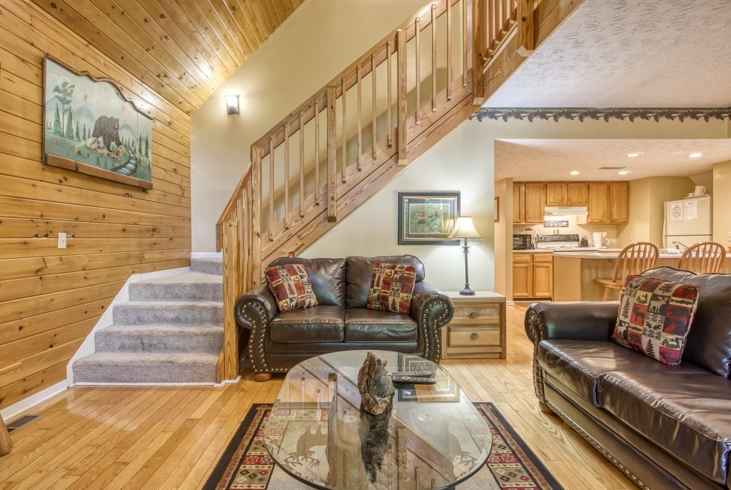 Photo of a Gatlinburg Cabin named Bear Run Getaway #1136 - This is the eighth photo in the set.