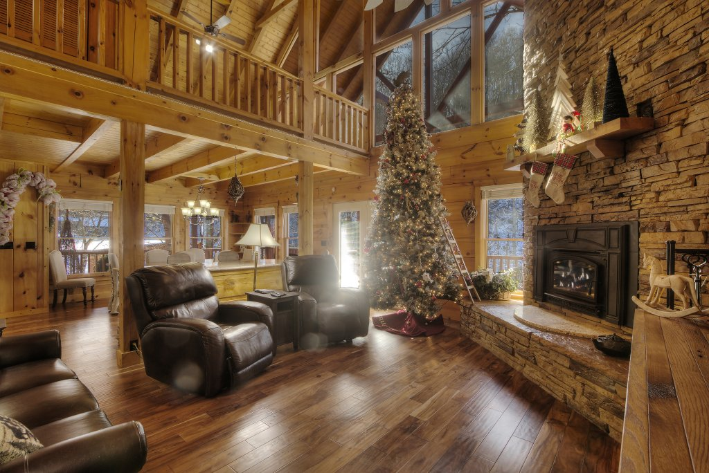 Photo of a Sevierville Cabin named Rocky Stream Lodge - This is the eighth photo in the set.