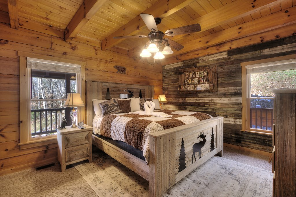 Photo of a Sevierville Cabin named Rocky Stream Lodge - This is the seventeenth photo in the set.