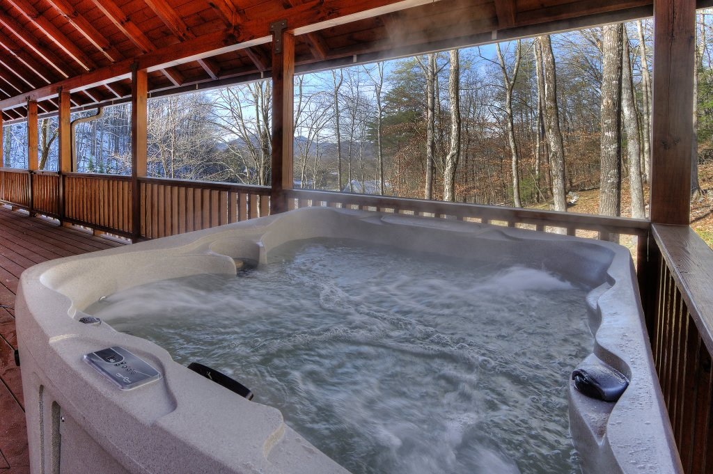 Photo of a Sevierville Cabin named Rocky Stream Lodge - This is the second photo in the set.