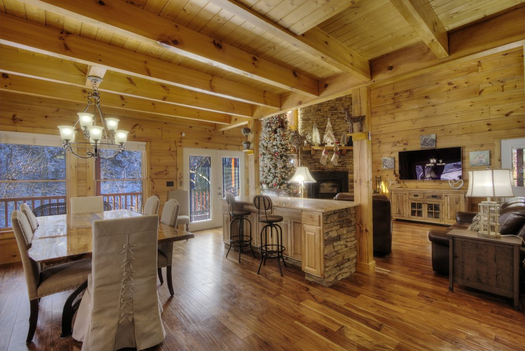 Photo of a Sevierville Cabin named Rocky Stream Lodge - This is the twentieth photo in the set.