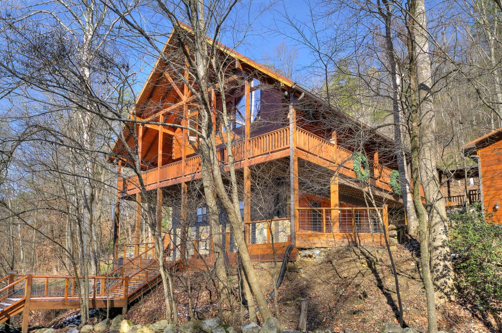 Photo of a Sevierville Cabin named Rocky Stream Lodge - This is the twenty-first photo in the set.