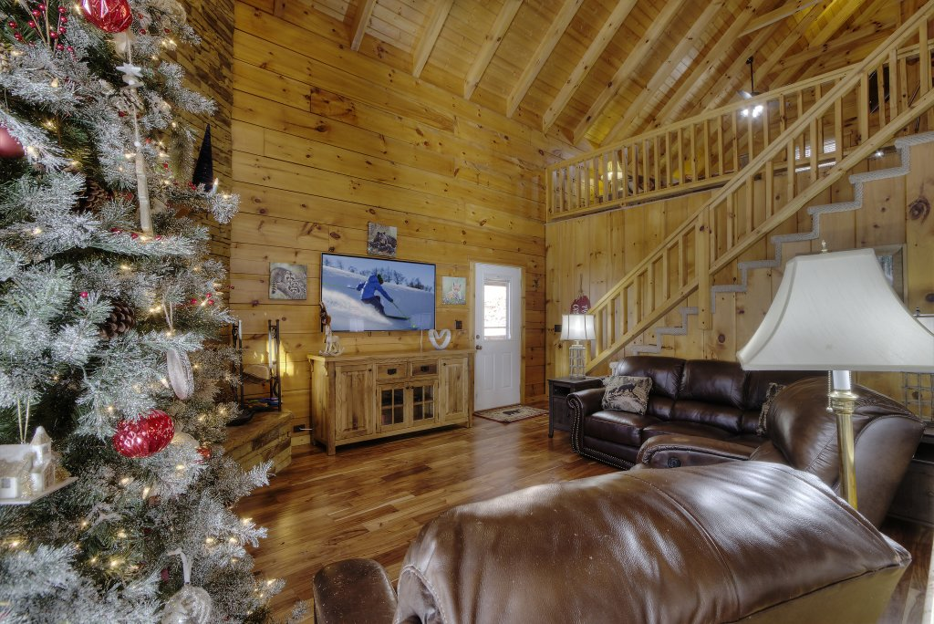 Photo of a Sevierville Cabin named Rocky Stream Lodge - This is the sixty-fifth photo in the set.