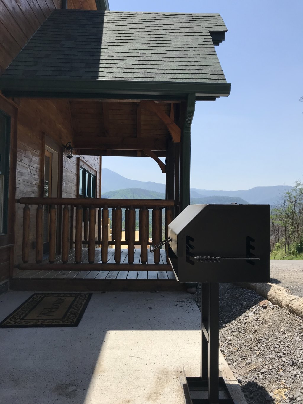 Photo of a Gatlinburg Cabin named Living The Dream - This is the sixth photo in the set.
