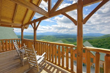 Amazing Views - 1 Bedroom Pricing That Sleeps 8 - 2 Baths