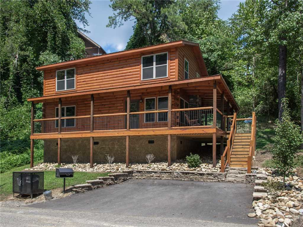 Photo of a Pigeon Forge Cabin named Woodland Escape - This is the twenty-ninth photo in the set.