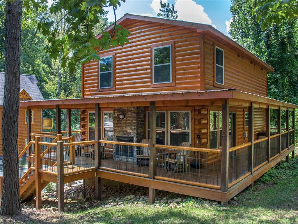 Photo of a Pigeon Forge Cabin named Woodland Escape - This is the twenty-eighth photo in the set.