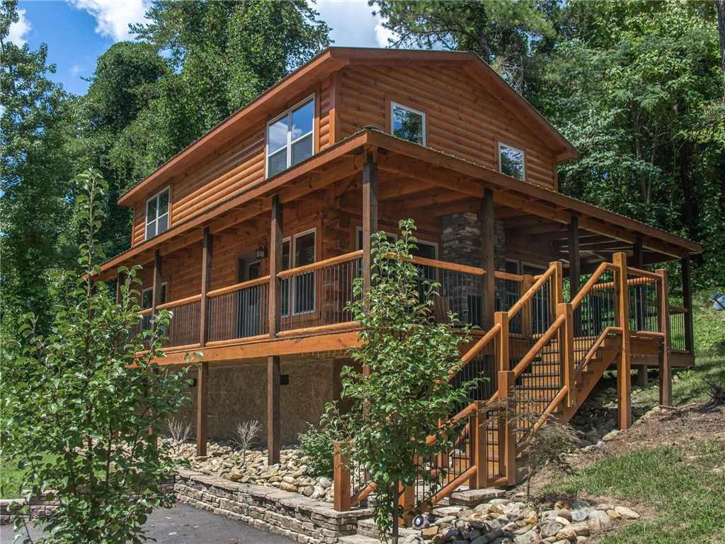 Photo of a Pigeon Forge Cabin named Woodland Escape - This is the thirty-first photo in the set.