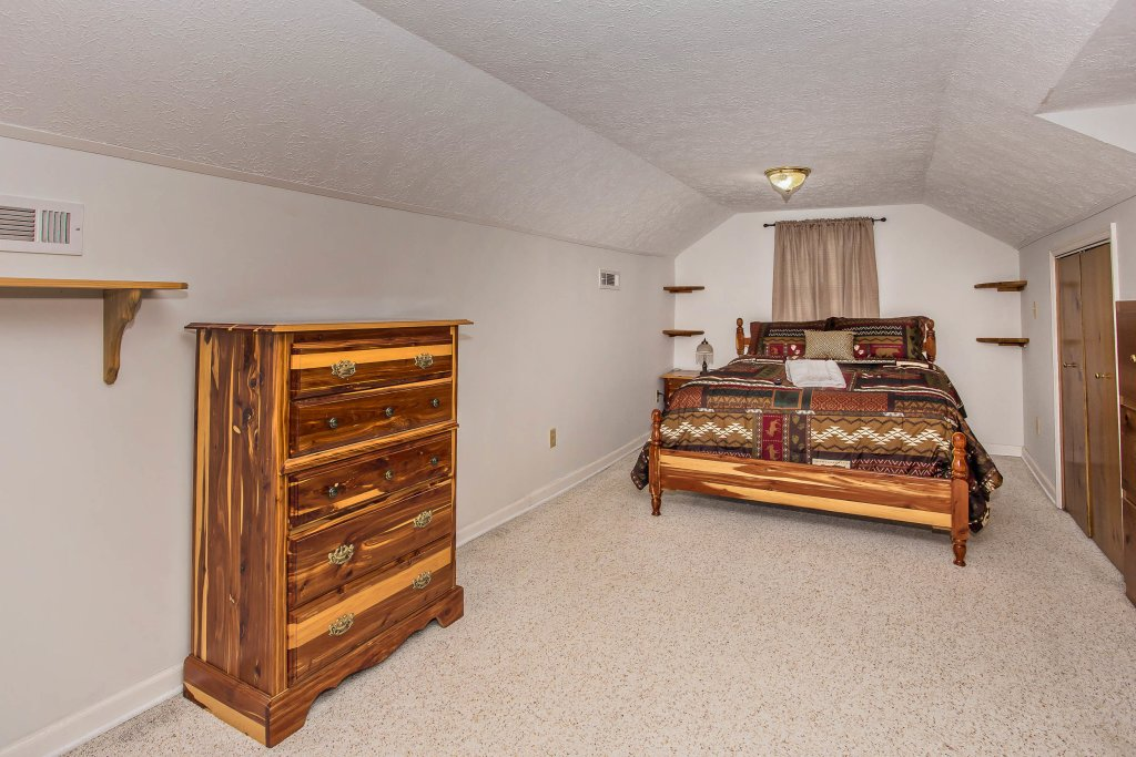 Photo of a Sevierville Cabin named Paradise Springs - This is the nineteenth photo in the set.