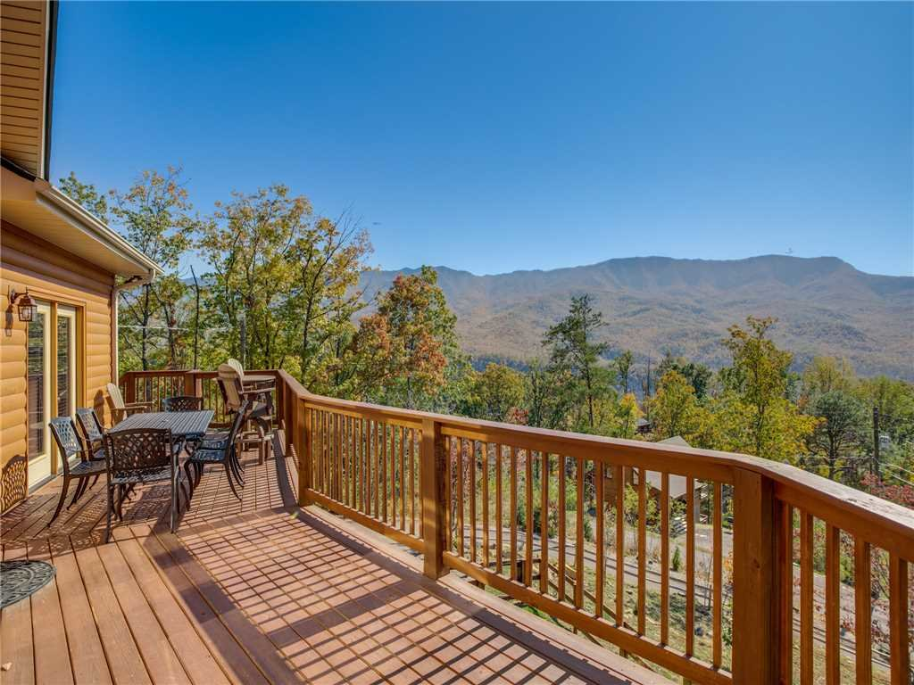 Photo of a Gatlinburg Cabin named Eagles View - This is the fifth photo in the set.