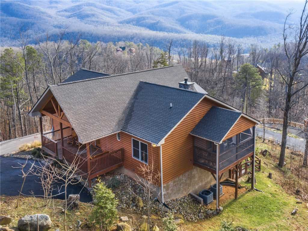 Photo of a Gatlinburg Cabin named Eagles View - This is the thirty-eighth photo in the set.