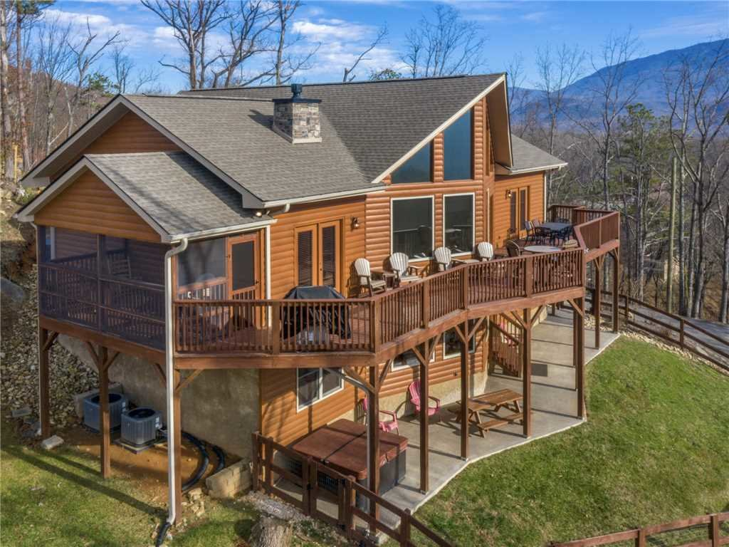 Photo of a Gatlinburg Cabin named Eagles View - This is the forty-third photo in the set.