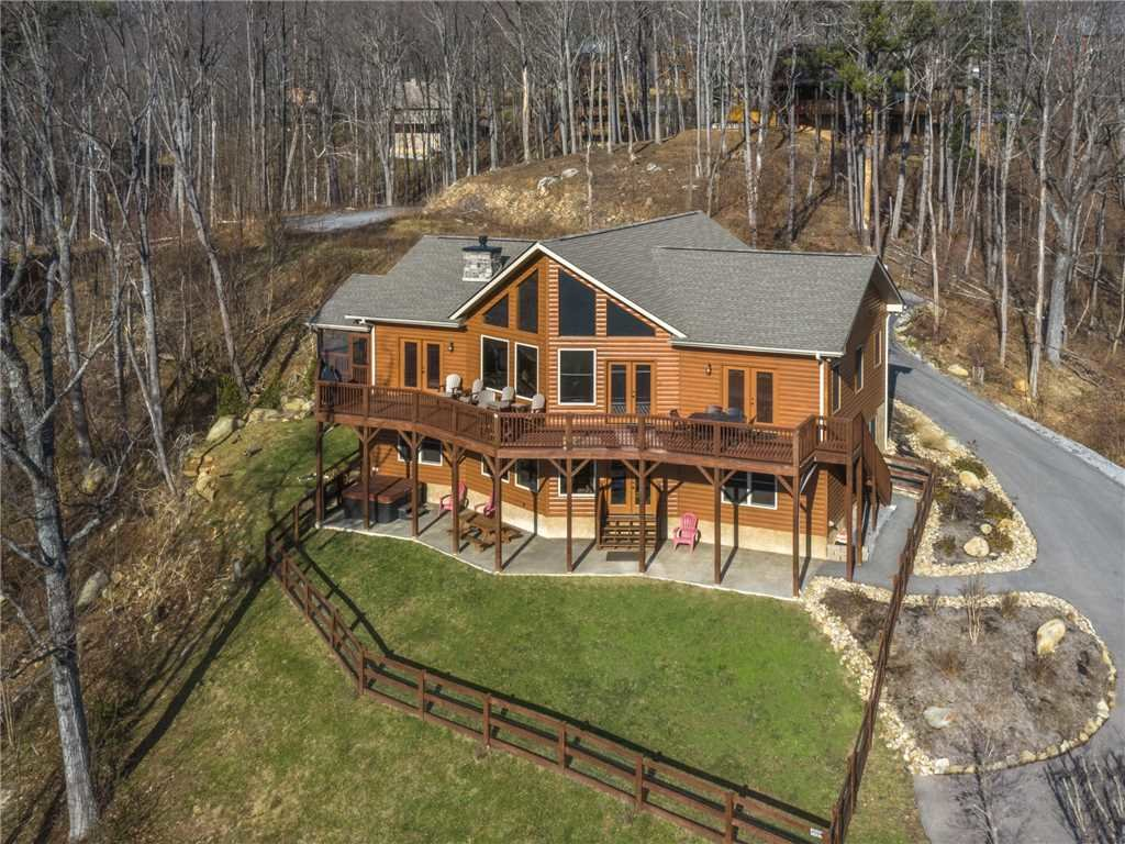 Photo of a Gatlinburg Cabin named Eagles View - This is the thirty-ninth photo in the set.