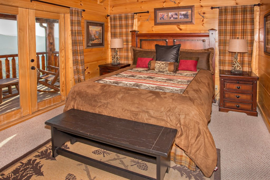 Photo of a Sevierville Cabin named Where Eagles Fly - This is the thirty-second photo in the set.