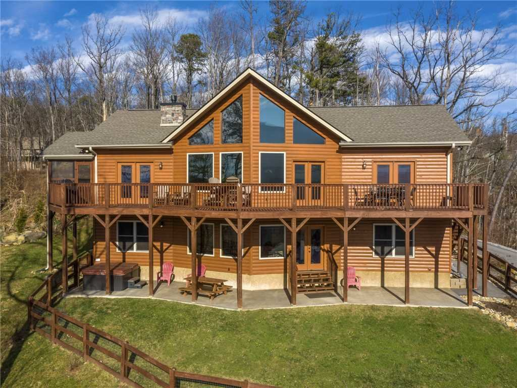 Photo of a Gatlinburg Cabin named Eagles View - This is the forty-first photo in the set.