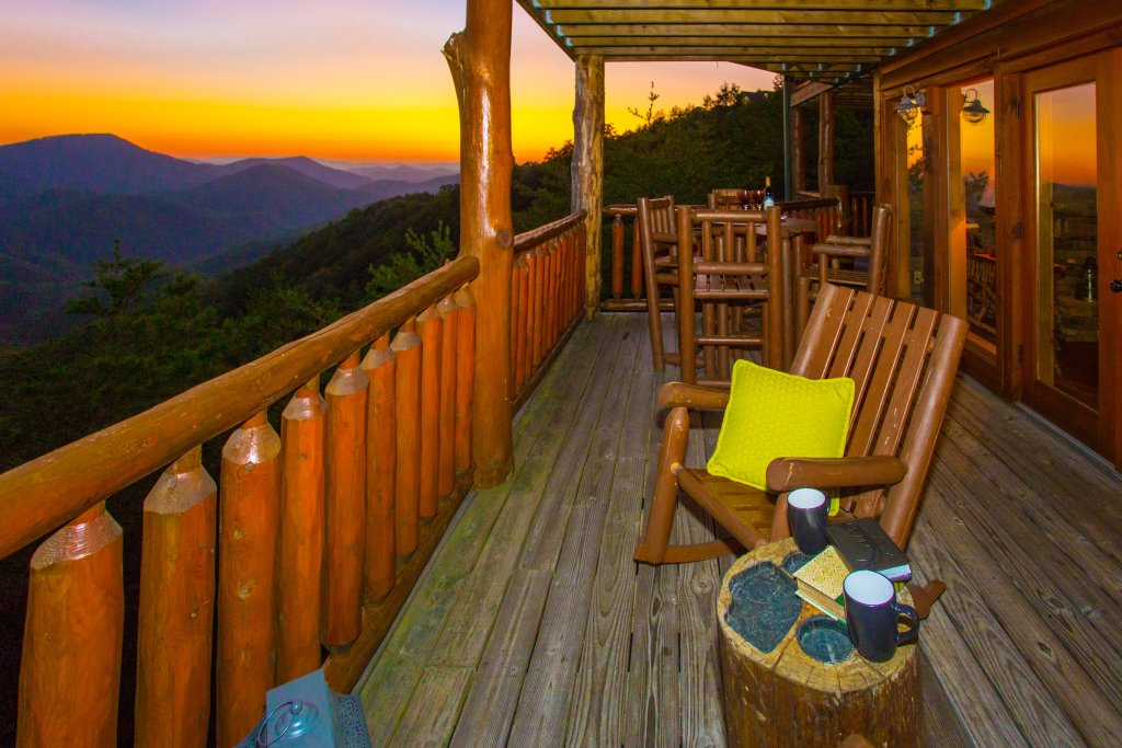 Photo of a Sevierville Cabin named Where Eagles Fly - This is the sixteenth photo in the set.