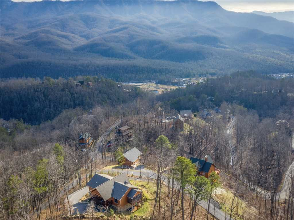 Photo of a Gatlinburg Cabin named Eagles View - This is the forty-fifth photo in the set.