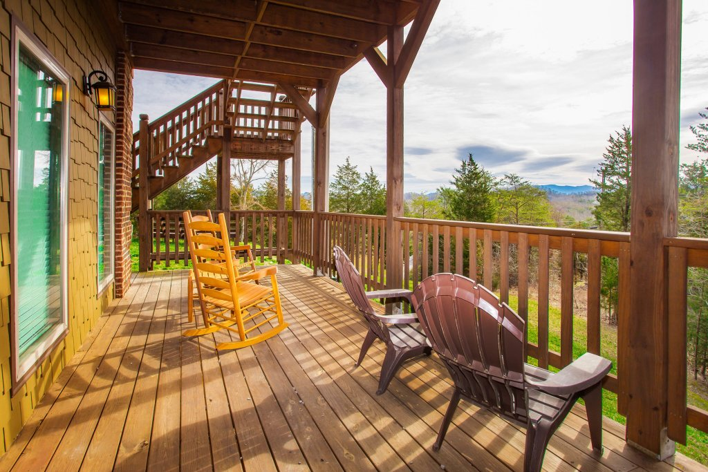 Photo of a Sevierville Cabin named Secluded Sunrise - This is the twenty-second photo in the set.