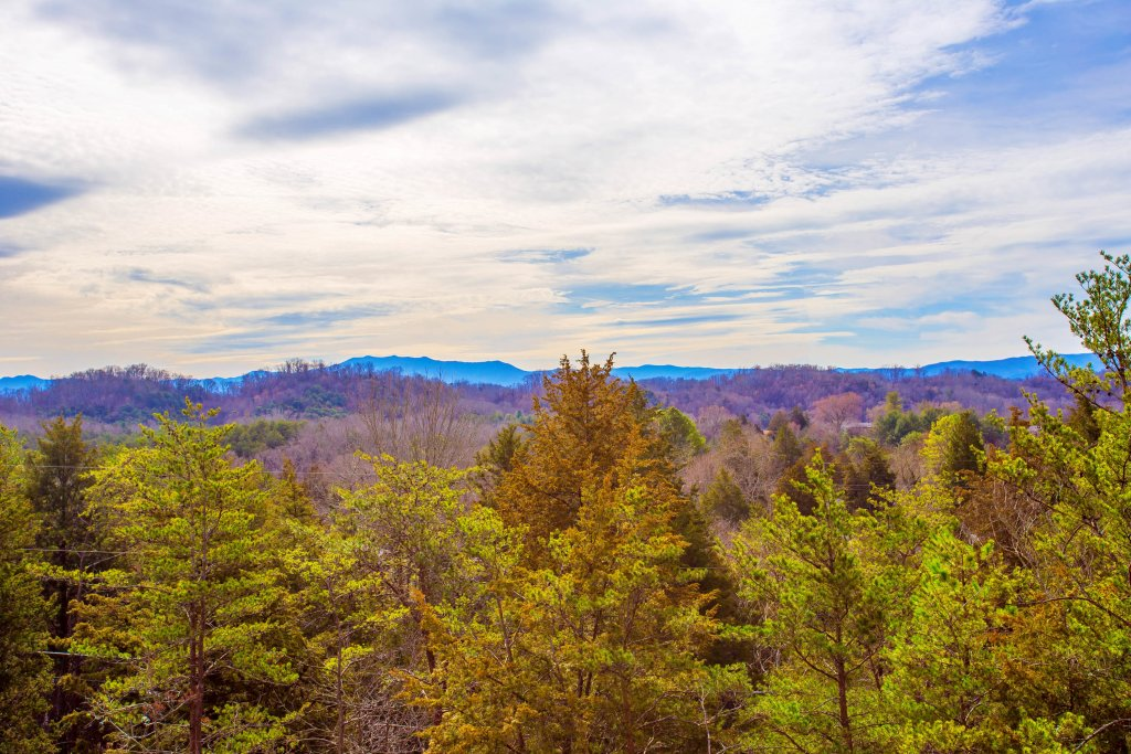 Photo of a Sevierville Cabin named Secluded Sunrise - This is the thirty-second photo in the set.