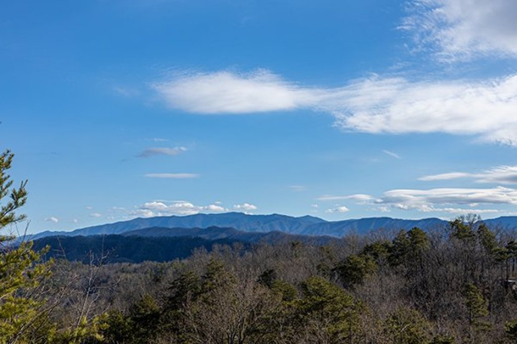 Photo of a Pigeon Forge Cabin named A Panoramic View - This is the third photo in the set.
