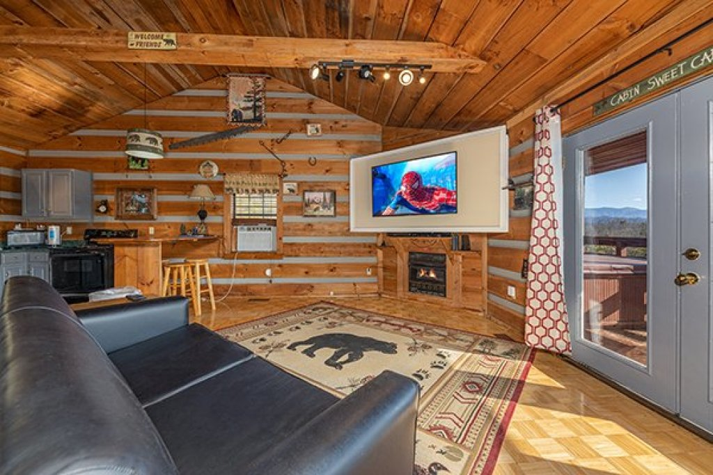 Photo of a Pigeon Forge Cabin named A Panoramic View - This is the fourth photo in the set.