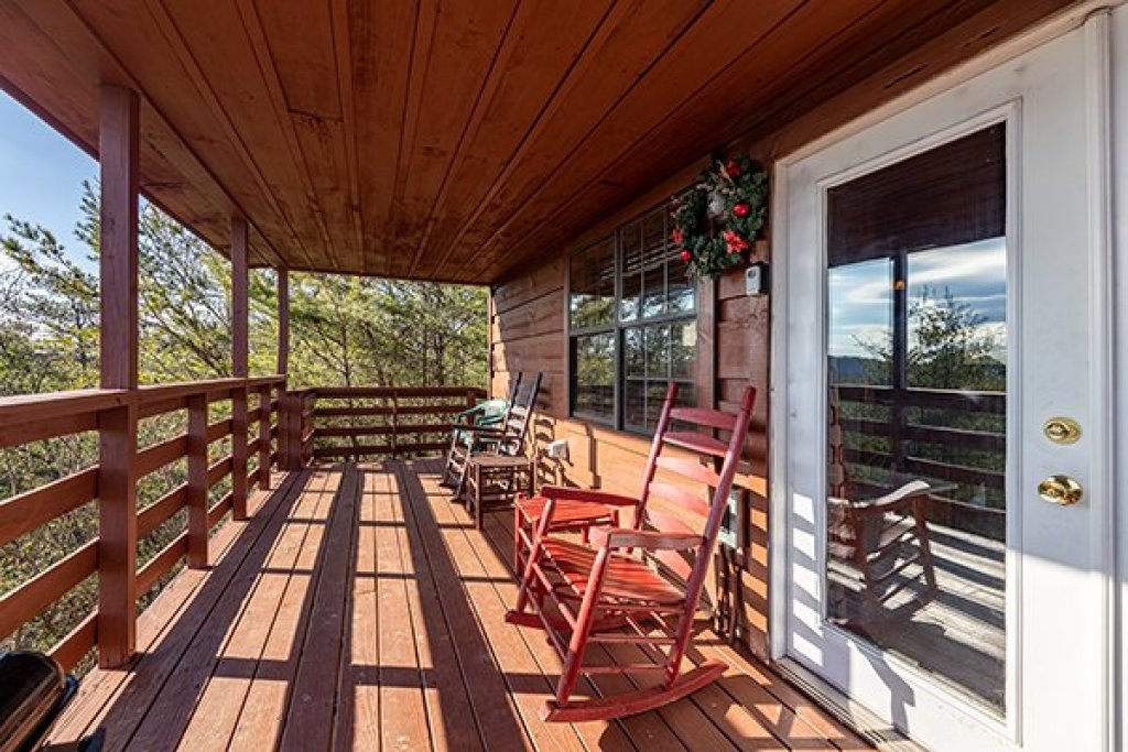 Photo of a Pigeon Forge Cabin named A Panoramic View - This is the eleventh photo in the set.
