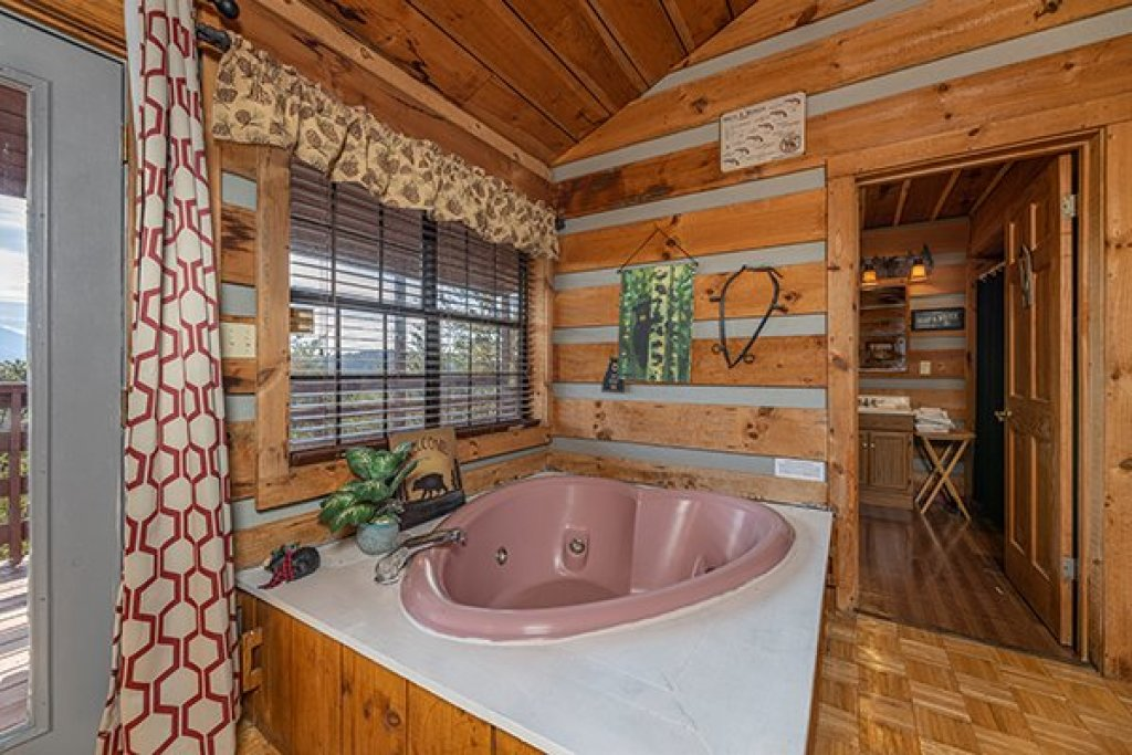 Photo of a Pigeon Forge Cabin named A Panoramic View - This is the ninth photo in the set.
