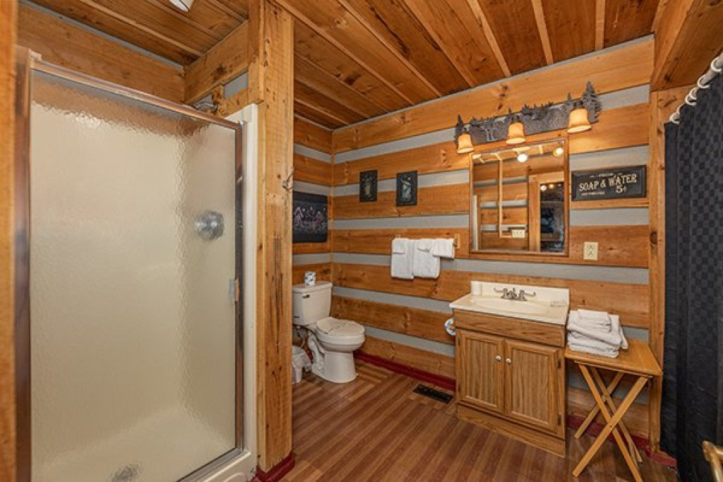 Photo of a Pigeon Forge Cabin named A Panoramic View - This is the tenth photo in the set.
