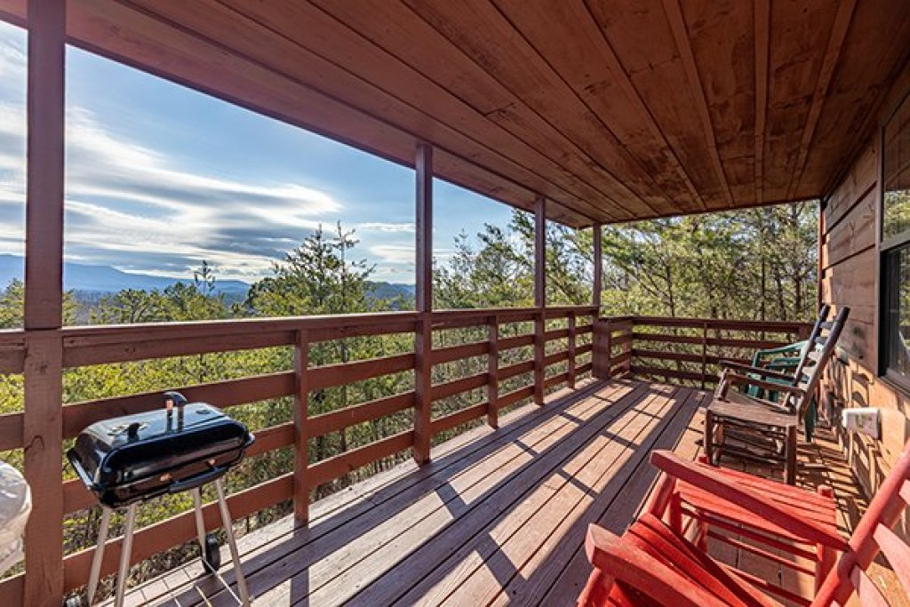 Photo of a Pigeon Forge Cabin named A Panoramic View - This is the twelfth photo in the set.