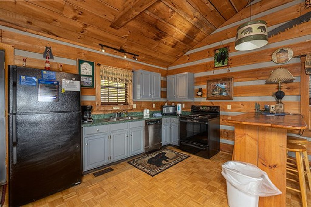 Photo of a Pigeon Forge Cabin named A Panoramic View - This is the sixth photo in the set.