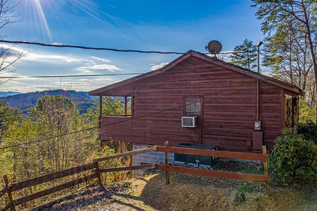Photo of a Pigeon Forge Cabin named A Panoramic View - This is the nineteenth photo in the set.