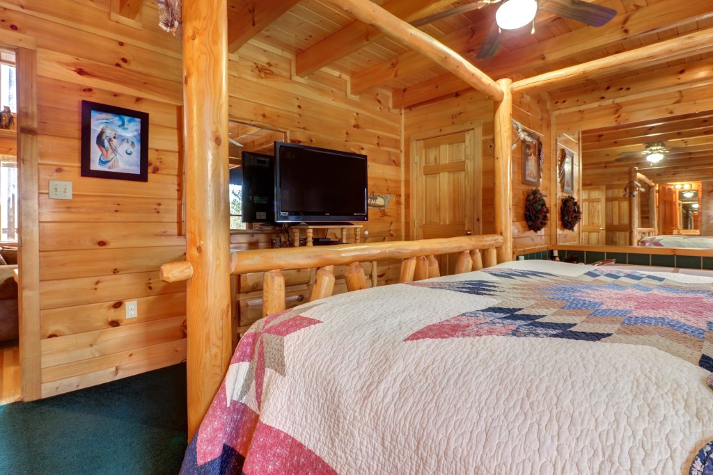 Photo of a Sevierville Cabin named An Indian Dream Cabin - This is the twenty-first photo in the set.