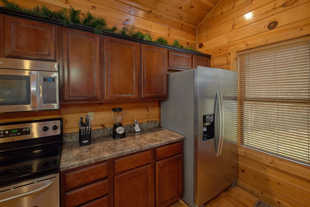 Photo of a Gatlinburg Cabin named Chalet D'amour - This is the thirteenth photo in the set.