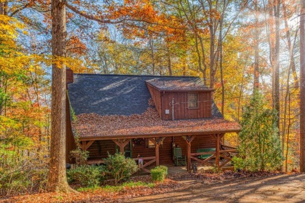Photo of a Sevierville Cabin named Whispering Pines - This is the nineteenth photo in the set.