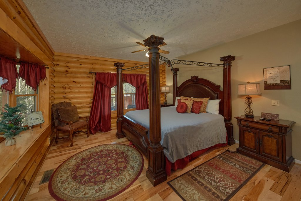 Photo of a Gatlinburg Cabin named Elkhorn Lodge - This is the twenty-fifth photo in the set.