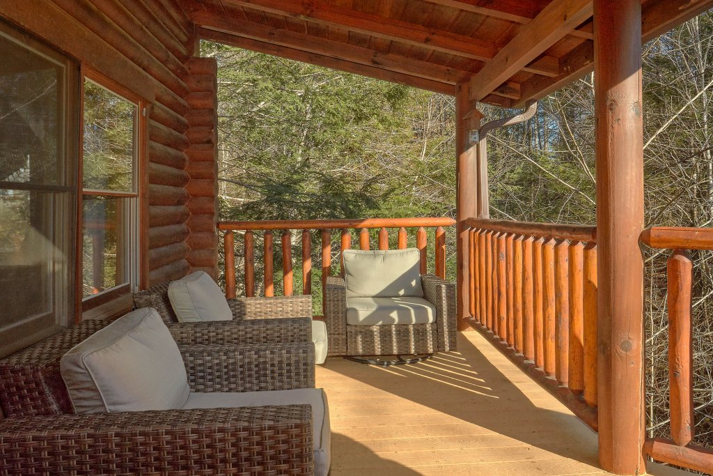 Photo of a Gatlinburg Cabin named Elkhorn Lodge - This is the fifth photo in the set.
