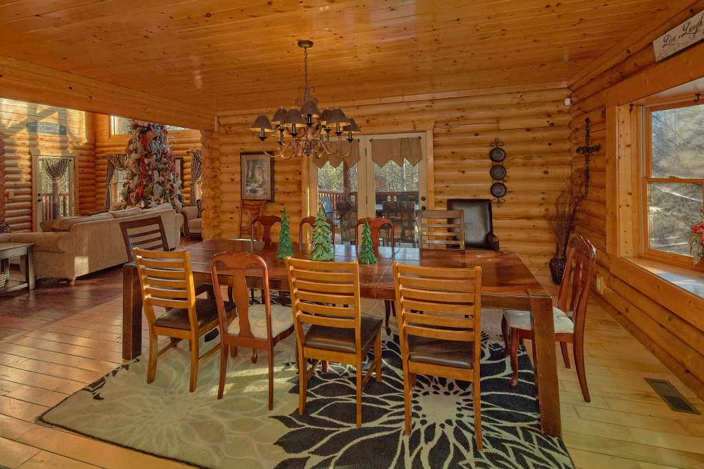 Photo of a Gatlinburg Cabin named Elkhorn Lodge - This is the fifteenth photo in the set.