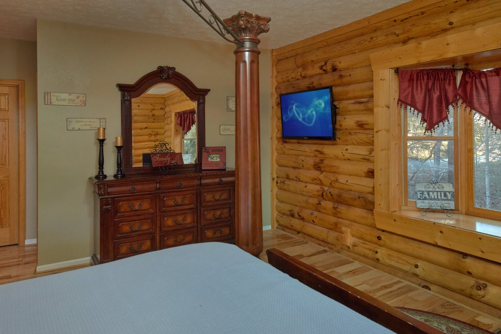 Photo of a Gatlinburg Cabin named Elkhorn Lodge - This is the twenty-fourth photo in the set.
