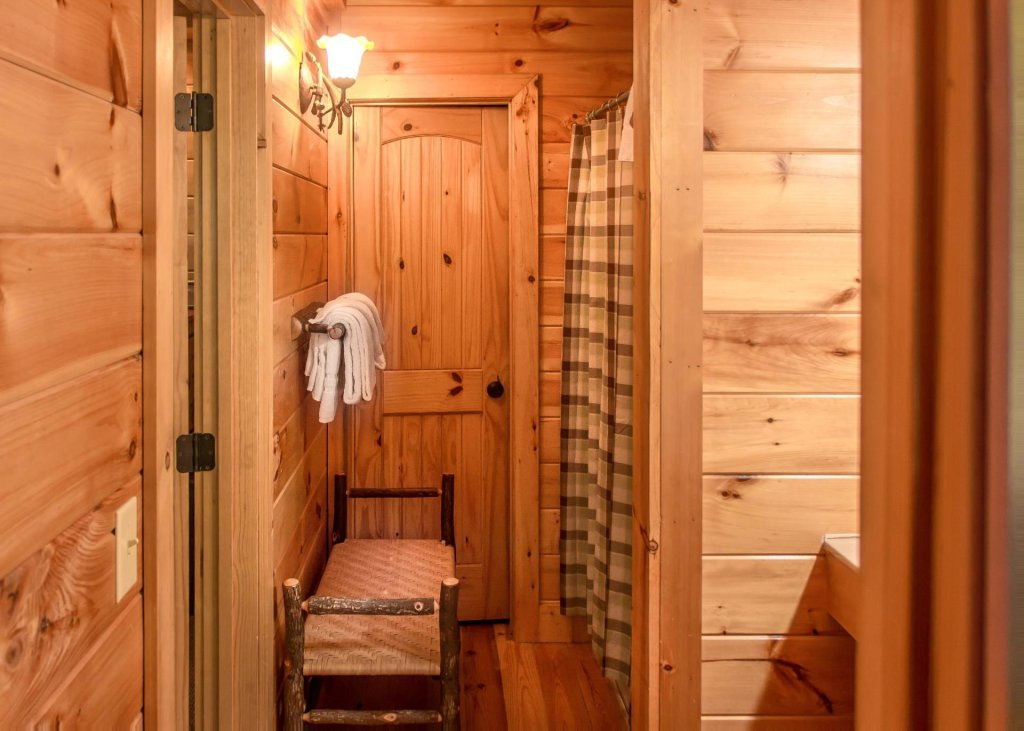 Photo of a  Cabin named Scenic Serenity 75 - This is the sixteenth photo in the set.