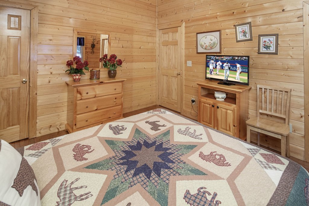 Photo of a Sevierville Cabin named  Absolute Paradise - This is the thirteenth photo in the set.