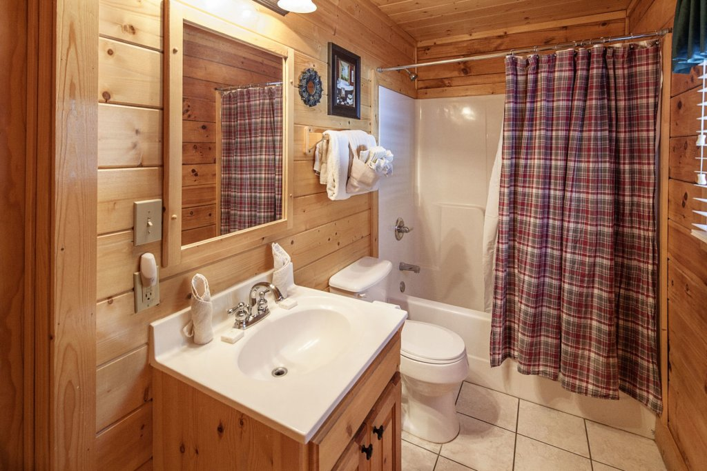 Photo of a Sevierville Cabin named  Absolute Paradise - This is the twenty-sixth photo in the set.