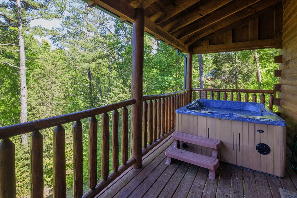 Photo of a Sevierville Cabin named Bear Hugs - This is the thirty-first photo in the set.
