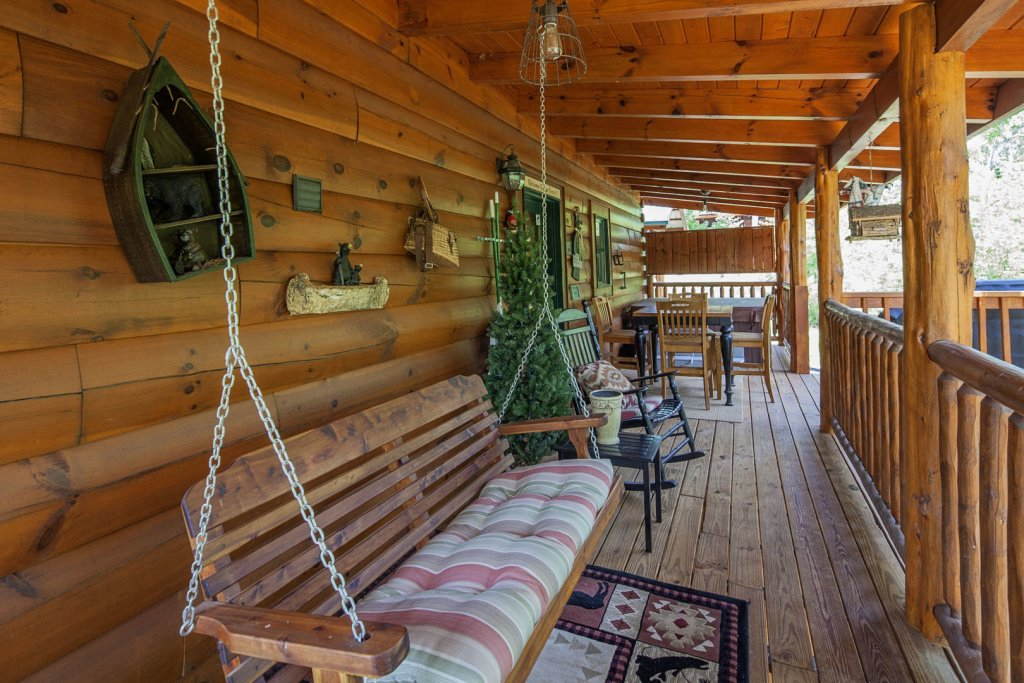Photo of a Sevierville Cabin named Liam's Retreat - This is the fourteenth photo in the set.